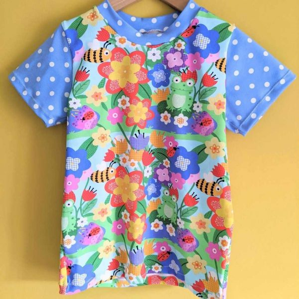 Yellow and blue circus jersey fabric t-shirt