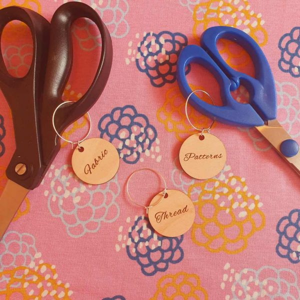 Scissor Tags Set – Moonbow Exclusive Product