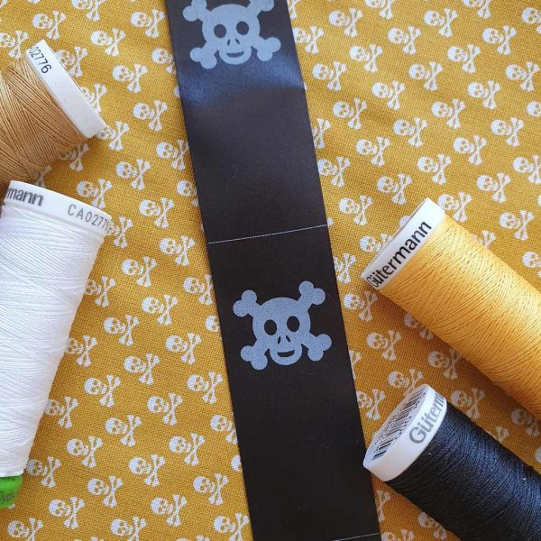 Skull & Cross Bones Label – Moonbow Fabrics Exclusive